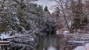Prognoza pogody na jutro: opady śniegu i mróz w większości kraju